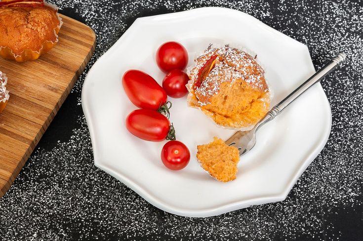 Brioșele pe care ți le propun azi au în compoziție legume, fiind o opțiune delicioasă pentru un mic dejun de post, cât și în afara acestuia.
