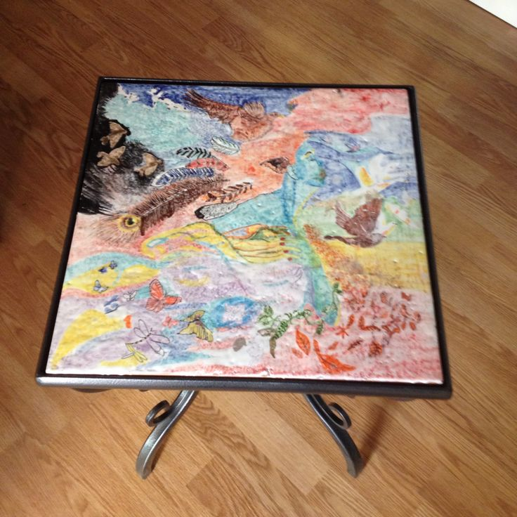 Tavolino in ferro con quadro su mattonella 40x40