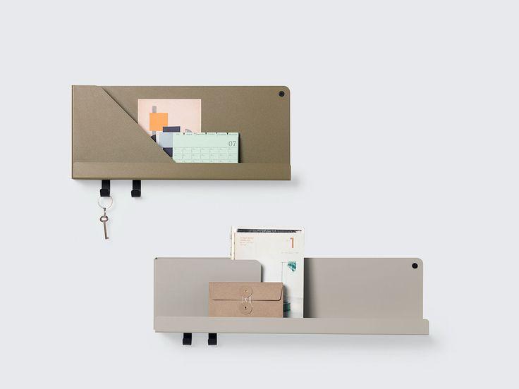 Folded Shelves är en serie vägghyllor i pulverlackerat stål från Muuto – formgivna avJohan Van Hengel. Varje hylla kommer med två skruvar för montering och två krokar. Folded Shelves är praktiska och mångsidiga i sin utformning och fungerar som nattduksbord likväl som för förvaring i badrummet, barnrummet, hallen, kontoret eller köket.Finns i flera färger och storlekar.