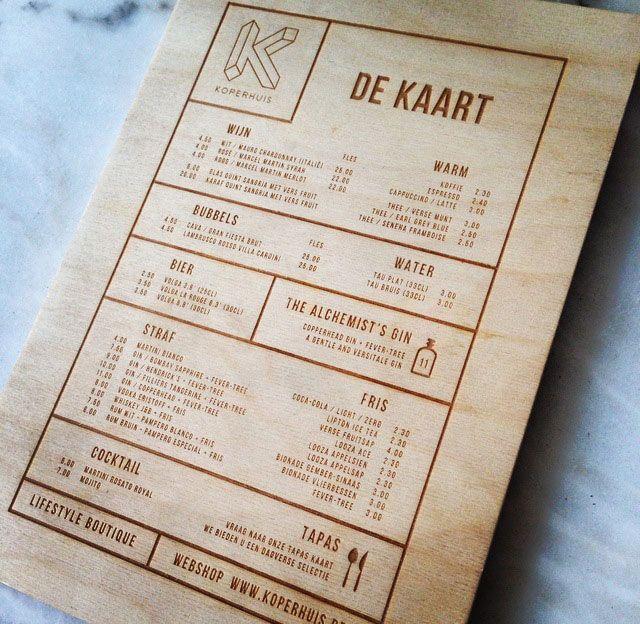 menukaart voorbeeld hout creatief op maat gemaakt