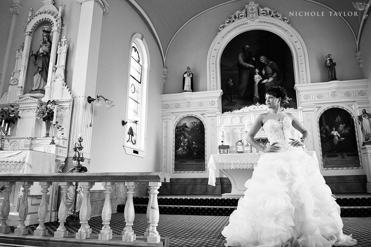 Nichole Taylor Photography/St. Ann's Cathedral/Maffeo Studio and Spa/The Brides Closet/Vancouver Island Weddings/VictoriaBCWeddings