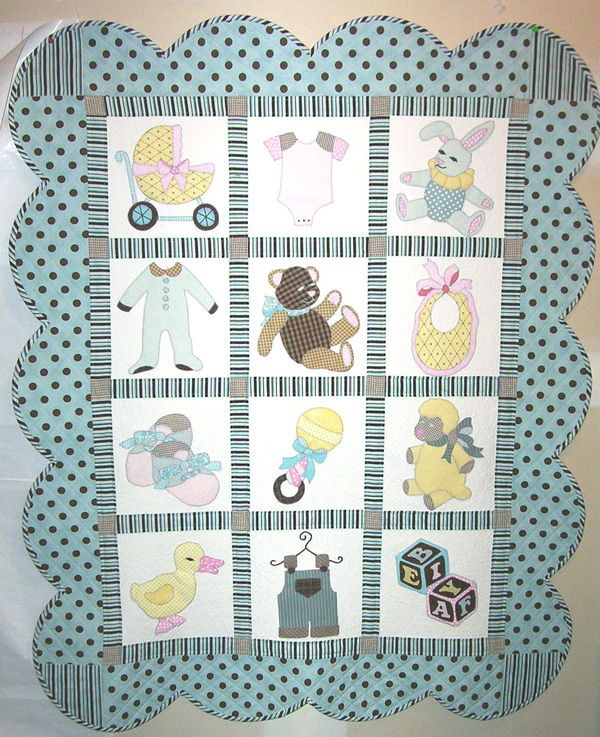 Baby quilt color is great for a boy                                                                                                                                                      Más