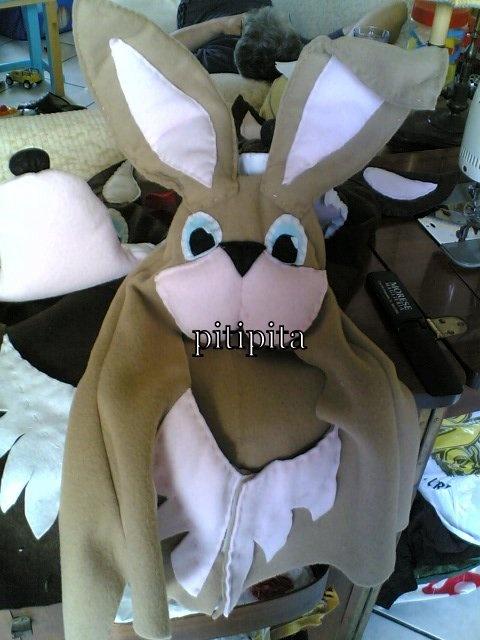 Le favole di Esopo: maschera:conigli pannolenci