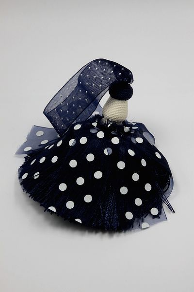 More polka dot tassels, this time in blue.
