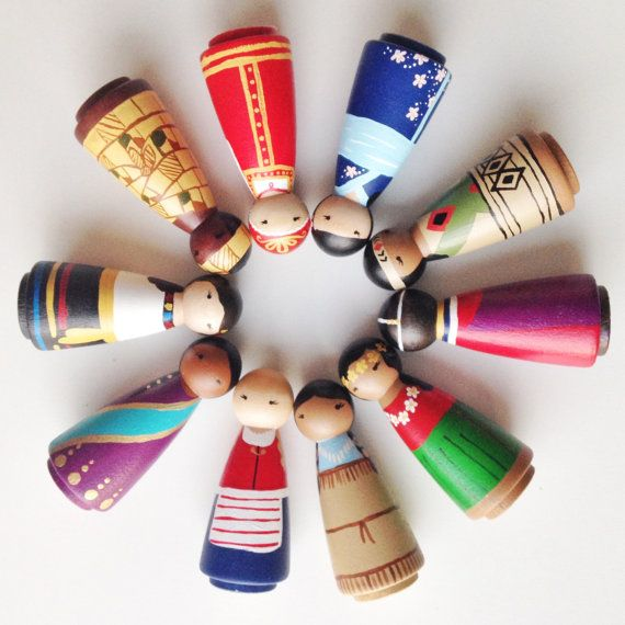 Celebrate the beautiful colors and cultures of the world with my Girls of the World peg doll collection! The current collection includes girls
