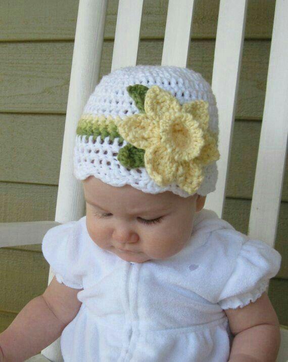 Beau bonnet pour bébé
