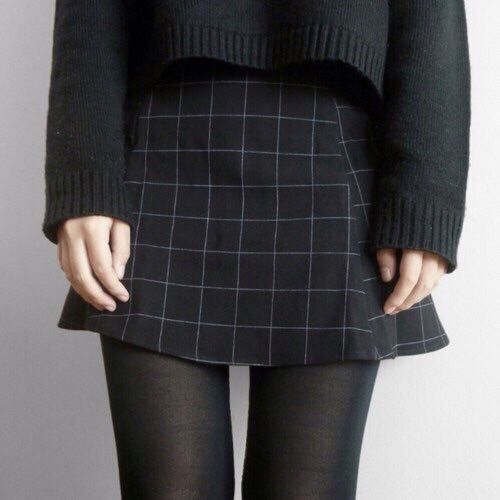Cute skirt for the autumn at campus                              …