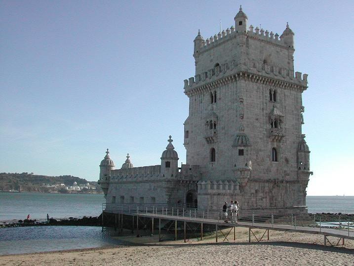 Portogallo/Lisbona da Milano Bergamo/Roma/tutte le sett.  dal Gio. alla Dom.Volo+Pern.e prima colazione/da 290 euro.http://www.cocoontravel.uk #Portogallo #viaggi #journey