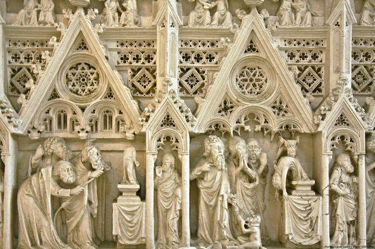 Túmulo do Rei D. Pedro I, detalhe: Alcobaça #portugal