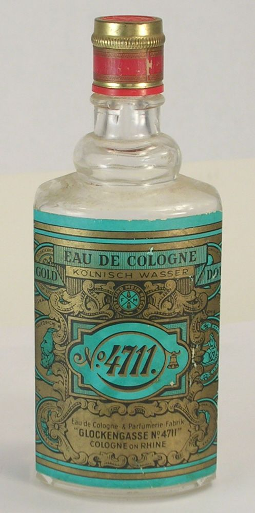 Glockengasse No. 4711 Eau de Cologne Empty Bottle 200ml Size Movie or Stage Prop