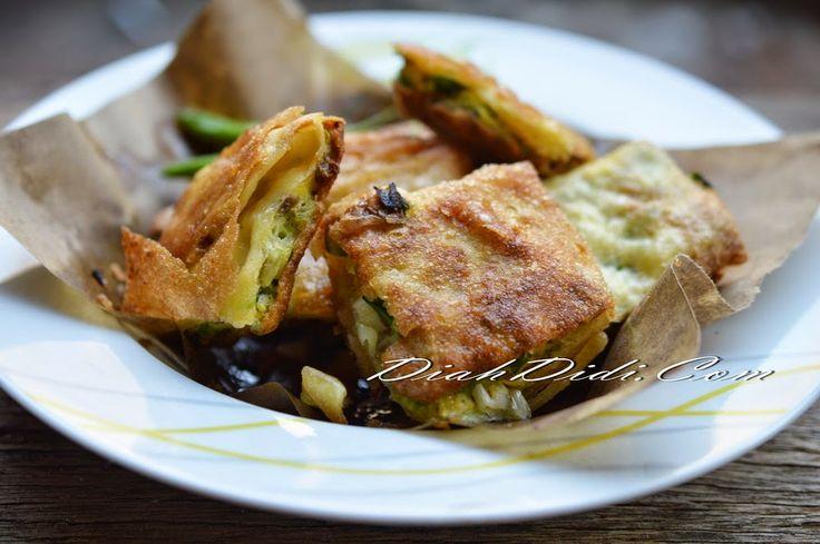 Diah Didi's Kitchen: Martabak Telur Daging Kari