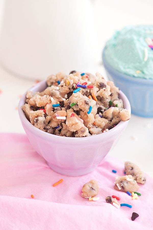 Do It Yourself (DIY) Cookie Dough Cake
