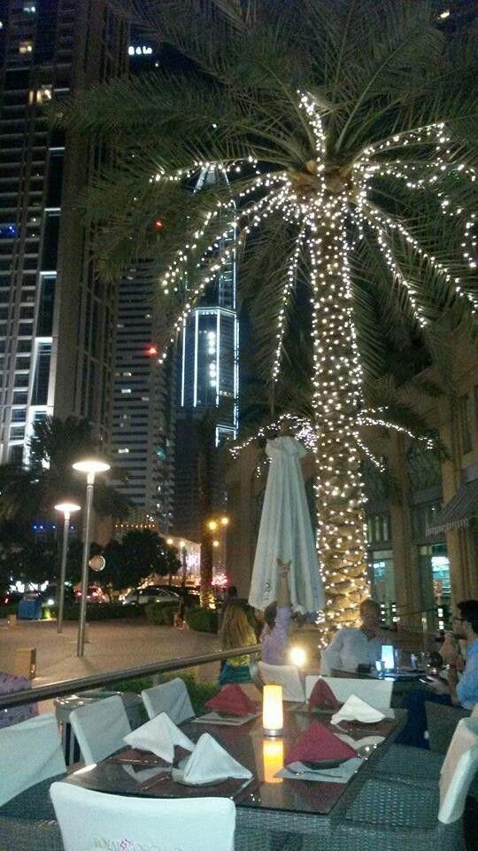 Dubai walk 1