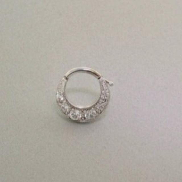 cute septum ring :)