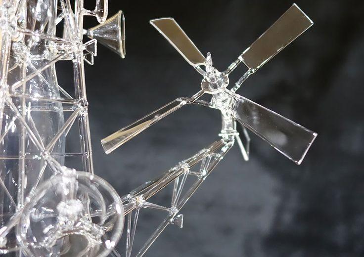 kentaro yanagi 「風車」 #ガラスアート #インテリア #decanter #glassart #Glasscraft #interior #Decor #artwork #collectibleglass #vessel #Windmill #gear #Sake #architecture