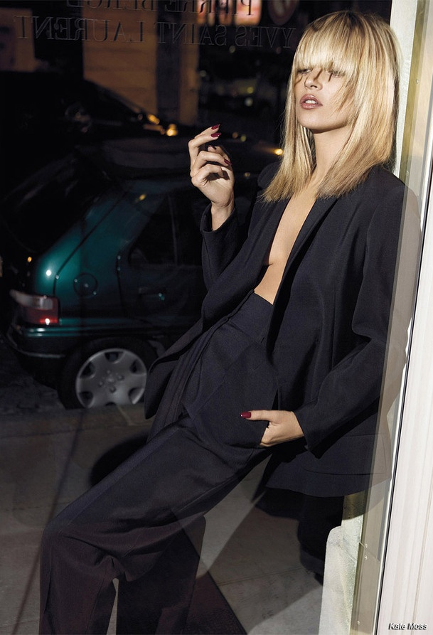 Updating The Classic Black Blazer / Kate Moss in a gorgeous black suit