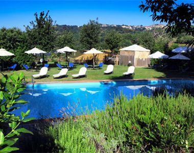 Agriturismo Antico Casale di Scansano, vakantiewoningen met eigen terras, prachtige zwembaden en dichtbij Siena en het eiland Giglio. Geniet van toscane, kijk op www.charmequality.nl