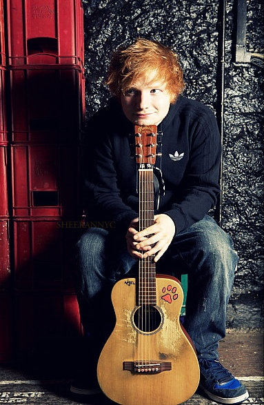 I love looking at him. He is so cute and looks like a little child which want to make you smile ;)  #edsheeran