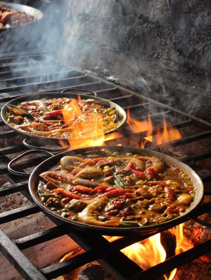 Eating Paella in Mallorca – Byana