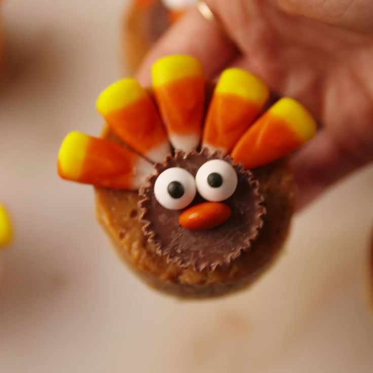 The cutest little turkeys.