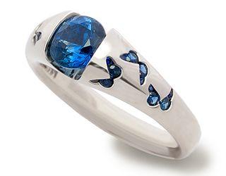 design | Eva Martin Jewelry