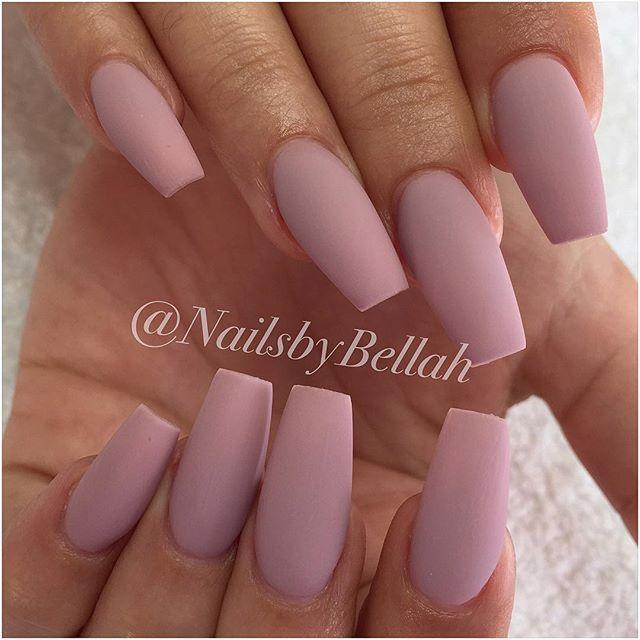 "Shawbo, matta ""Piccolo latte"" #nails #by #me #gelnails #gelénaglar #nailart #naildesign #dopenails #nailssthlm #naglarsthlm #hudabeauty #OPI #nailsbybellah"