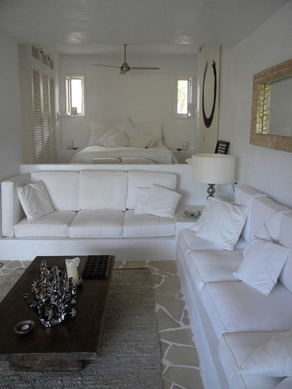 My friend's room in our holiday house in Ibiza: gorgeous! Casa Hypocampo - Cala Vadella - 4-6 personen › 6 tot 8 personen › ibizadiferente - Ibiza, Spain