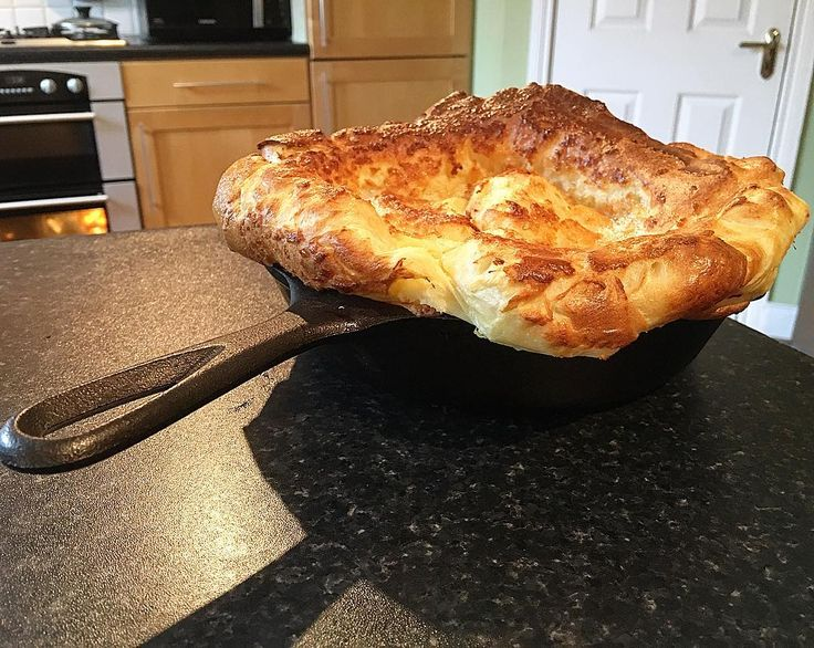 I defy someone to Yorkshire pudding harder than me.  @paul.hollywood come at me bro... #intermittentfasting #fasting #healthy #flexibledieting #bodybuilding #nutrition #workout #leangains #iifym #ifitfitsyourmacros #fit #food #protein #yummy #diet #gymlife #eatclean #food #foodstagram #foodporn #yum #motivaton #fitness #instafood  #fitness #gym #meal #flexibledieting #instafit #yorkshirepudding