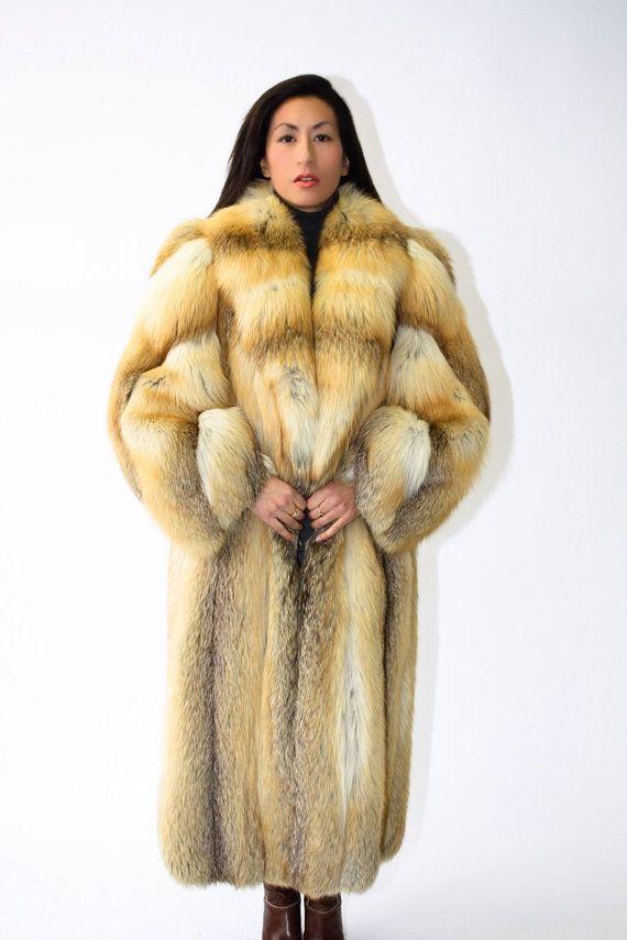 1000  images about Fox fur 2 on Pinterest | Silver foxes Parkas