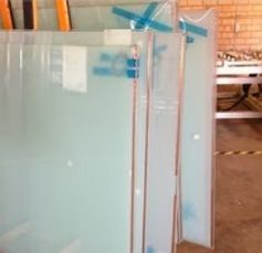 General Notes for Glazing Switchable Privacy Glass http://switchglass.blogspot.com.au/2013/11/general-notes-for-glazing-switchable.html