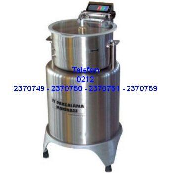 Et Parçalama Makineleri : Kebaplık Et Parçalama Makinası-Et Parçalama Makinası Çelik Bıçaklı El Kıyması Makinesi AZ1: Zırh bıçağıyla el kıyması yapanlar; et kıyma makinası eti eziyor kebapdaki tadı bozuyor veya yetersiz veriyor diyorsanız, bu motorlu et parçalama makinası aynı bıçak kıyması gibi eti ezmeden, suyunu çıkartmadan parçalayıp kıyarak kebaplarınızda kullanabileceğiniz satır kıymasını verir 0212 2370749