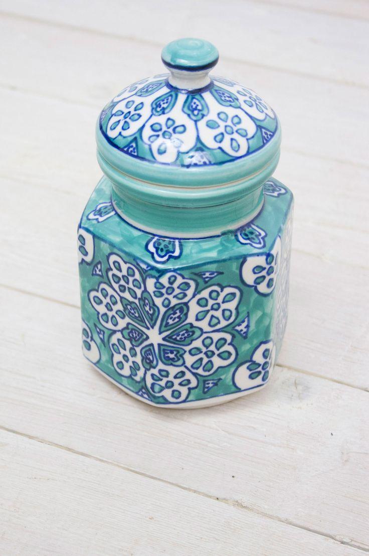 21 best Cookie jar images on Pinterest | Ceramic painting, Painted ...