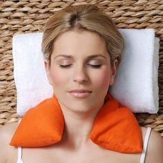 Con estos cojines rellenos de semillas de trigo y hojas de lavanda te ayudarán a disminuir el estrés, relajar los músculos y tener un momento de calma y serenidad.