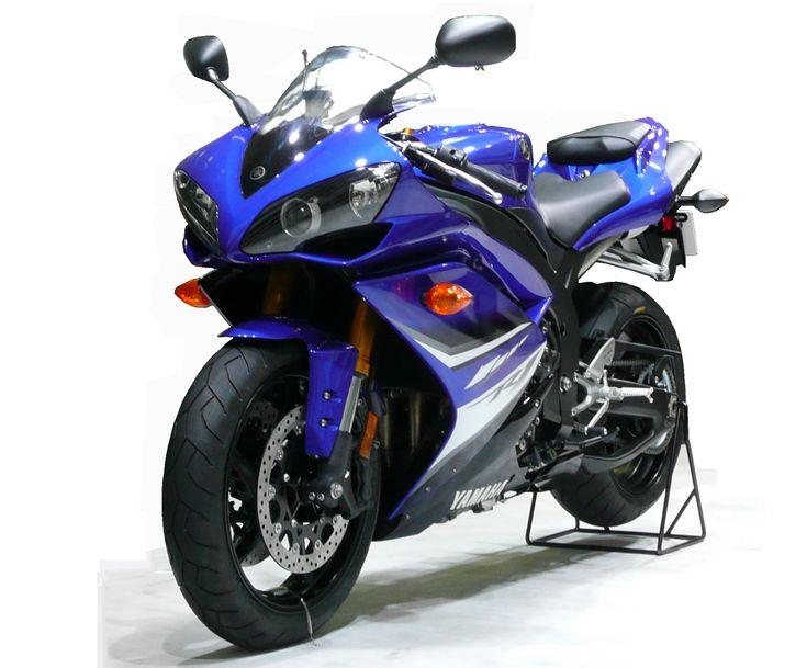 * Yamaha YZF-R1 *