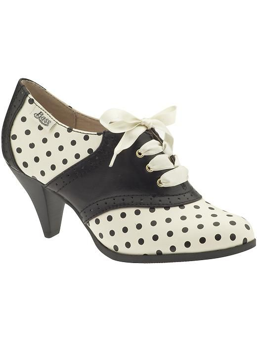 Swing dancing shoes!  I would totally wear these! #shoes #polkadots