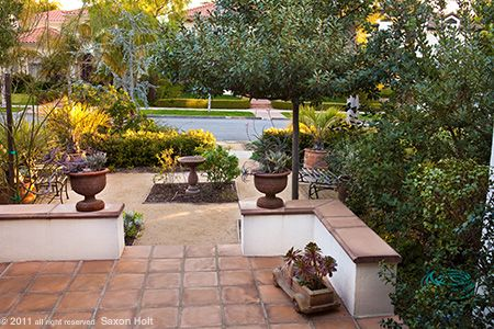 17 best images about ld front yard on pinterest for Front yard patio courtyard