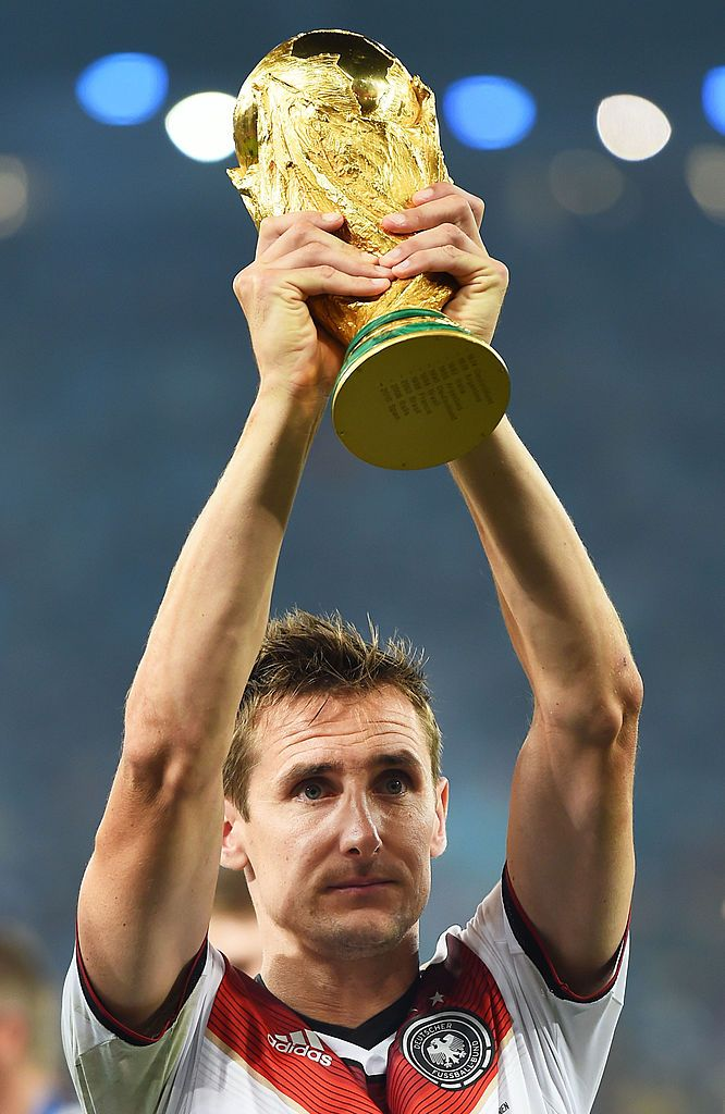 Rio De Janeiro Brazil July 13 Miroslav Klose Of Germany Raises The World Cup Trophy After Miroslav Klose World Cup Trophy Germany National Football Team