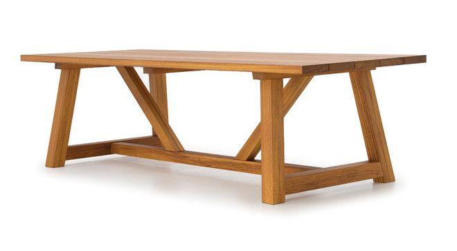 Schooner outdoor dining table trendseater