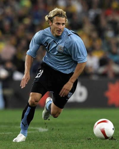 Diego Forlan the most amazing player in the world!