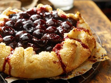 Famed Chicago food photographer brings you Ian Knauer's sour cream cherry crostata pie recipe