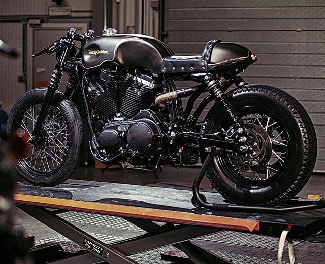 Populaire Best 25+ Sportster cafe racer ideas on Pinterest | Hd sportster  QM88