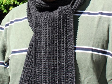 Dans Minimalist Scarf-by HookedUp A perfect scarf for the minimalist man or woman in your life! Subtle vertical lines add understated interest to this easy and super-quick pattern. Instructions are included for customizing the length and the width. free pdf