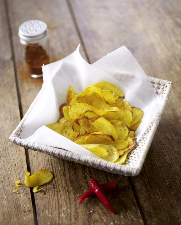 Unser beliebtes Rezept für Selbstgemachte Kartoffel-Chips und mehr als 55.000 weitere kostenlose Rezepte auf LECKER.de.