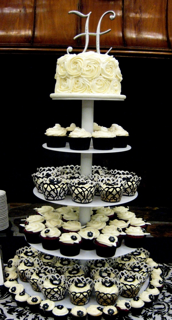 Image detail for -Black & White Wedding Cupcake Tower by SweetDreamsCupcakery on Cake ...