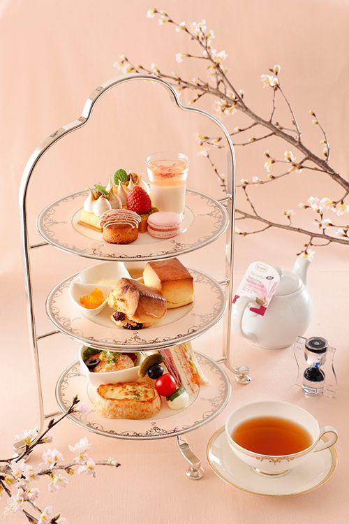 横浜ベイシェラトン ホテル&タワーズでは、館内各レストランやショップにおいて、春のイメージの象徴である「桜」をテーマにしたランチやスイーツ、ドリンクなどを用意。2017年3月1日(水)から4月...