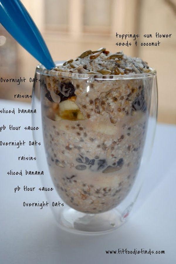 Faça aveia durante a noite em sua geladeira. | 25 Easy Breakfast Hacks To Make Your Morning Brighter