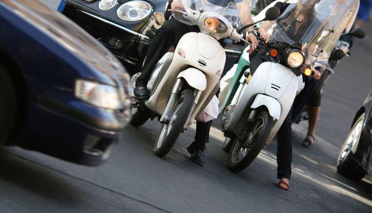 #Moto #scooter : Comment bien choisir son deux-roues? #Astuces #malins - Comparedabord