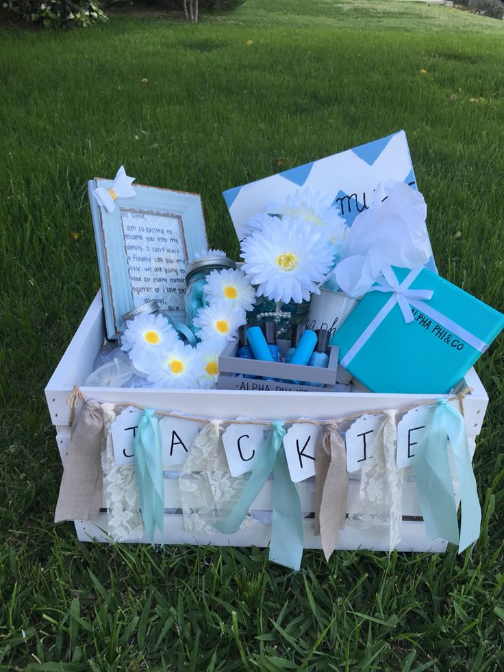 Cutest Alpha Phi big and little sorority basket