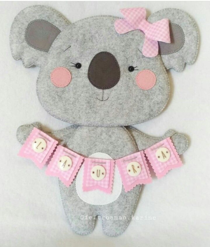 PLUSH TEDDY BEAR /& FLOWER GARLAND 11cm Embroidered Sew On Cloth Patch APPLIQUE
