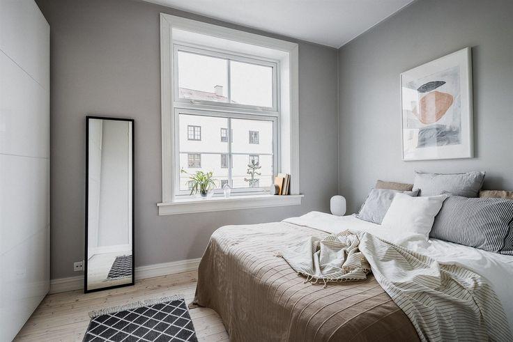 FINN – ØVRE TORSHOV/SANDAKER: Gjennomgående 2(3)-roms med god takhøyde, klassisk sjarm og moderne standard. Solrikt gårdsrom. Nær parker og uteliv.